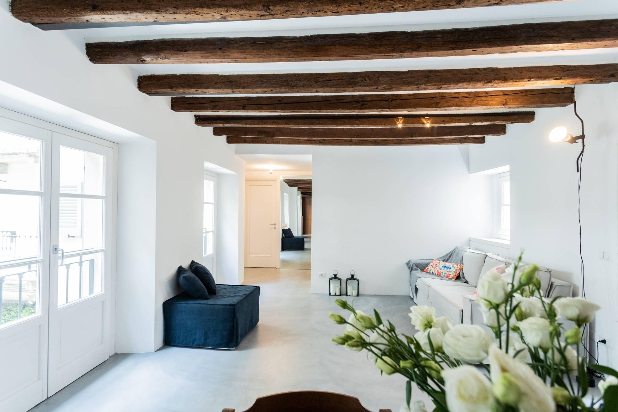 rent-all-como_apartment-shades-of-como2