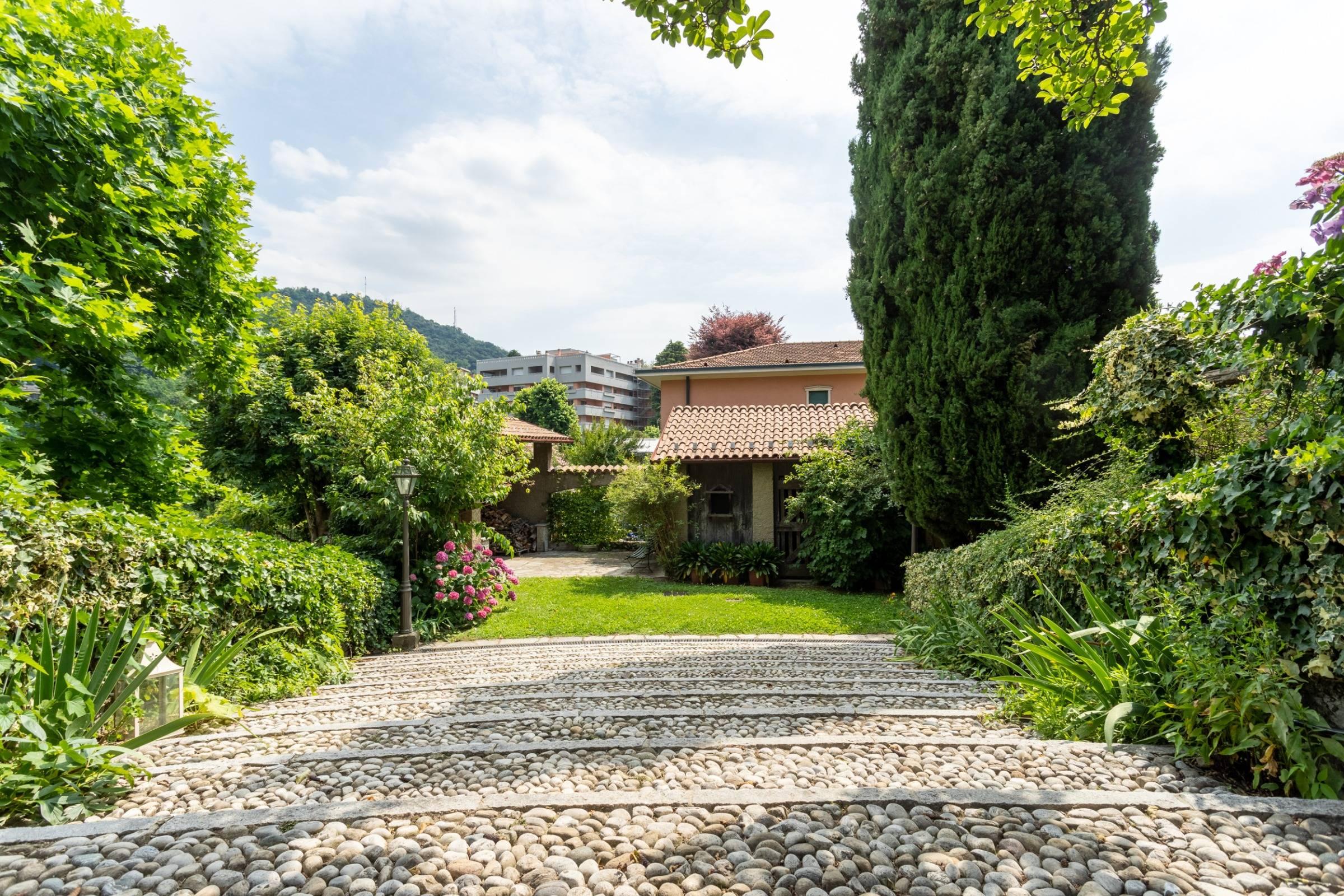 rent-all-como_villa-ronco-dell-abate2